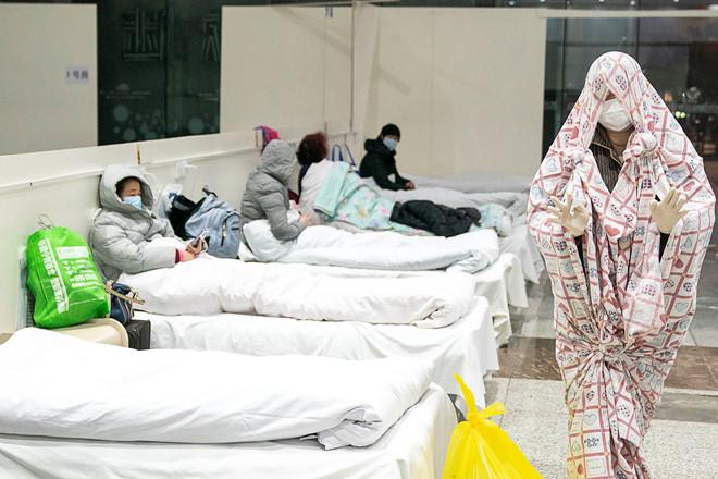 Ngày chết chóc kỷ lục mới vì viêm phổi Vũ Hán, hơn 34.800 ca nhiễm